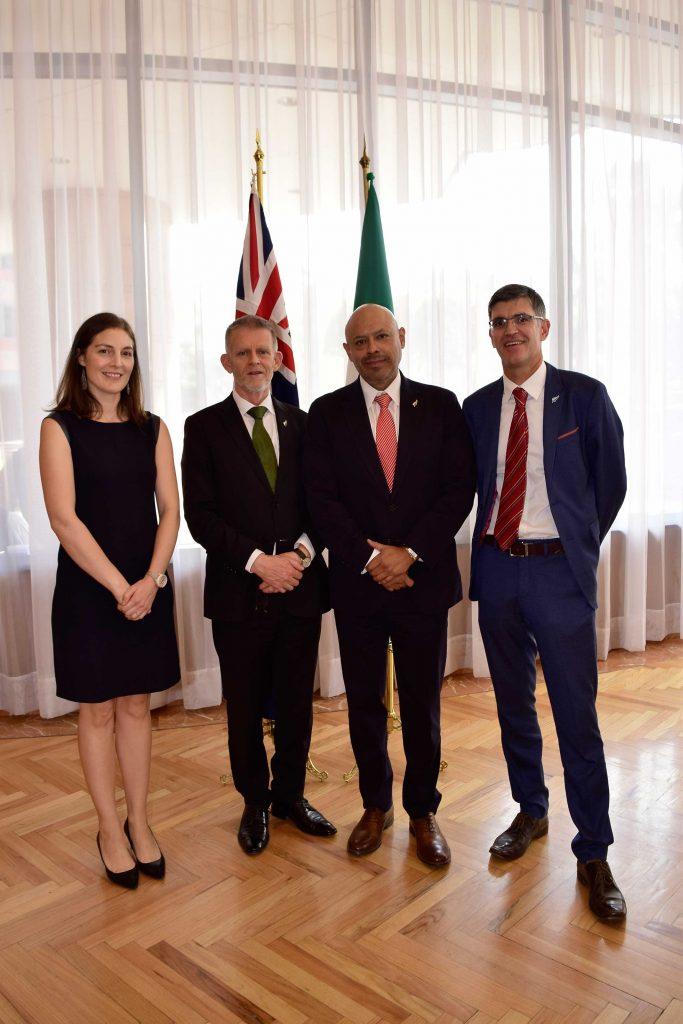 Equipo de la Embajada de Nueva Zelanda en México: Diana Hawker, vicejefa de misión; Mark Sinclair, embajador; Jorge Argüelles, agregado comercial, y Terry Meikle, consejero agropecuario