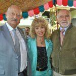 Valentin Petrov, embajador de Bulgaria; Wendy Coss y Xavier Boelsterly