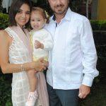 María Pérez con Roberta y Roberto Barnetche. Revista Protocolo Copyright©