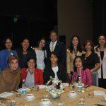Esposas de diplomáticos acreditados en México con Andrian Yelemessov, embajador de Kazajstán