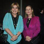 Jacqueline Espitia Arias, embajadora de Colombia, y Tamara Hawkins de Brenes, embajadora de Nicaragua