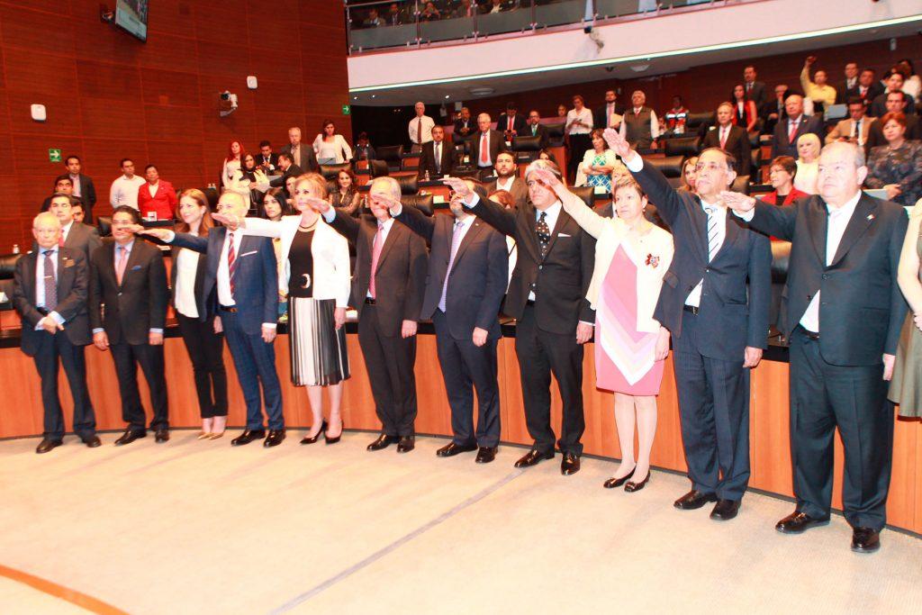 19 diplomáticos rinden protesta en el Senado de la República