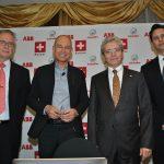 Pierre Comptdaer, Bertrand Piccard, Louis-José Touron, embajador de Suiza, y Gustavo Paredes. Foto: Revista Protocolo©