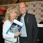Wendy Coss y Bertrand Piccard. Foto: Revista Protocolo©