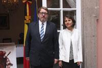 Hans-Christian Kint, embajador de Bélgica, y su esposa Carmen Fabián de Kint