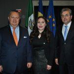 Francisco del Río, Georgina Zapata e Ion Vilcu, embajador de Rumania