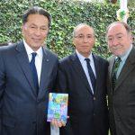 Andrian Yelemessov, embajador de Kazajstán; Mohamed Chafiki, embajador de Marruecos, y Eduard Malayan, embajador de la Federación de Rusia