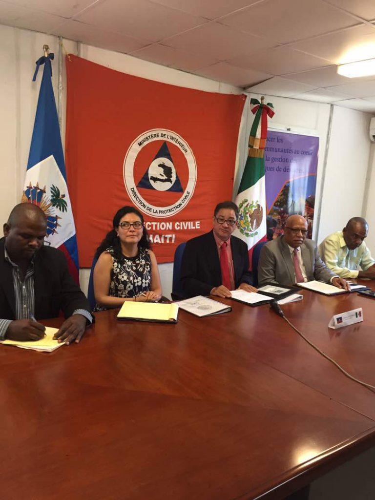 Entrega México ayuda humanitaria para damnificados en Haití