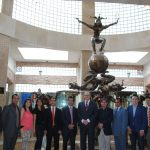 Directivos y trabajadores de Canacintra con Ruslan Spírin, embajador de Ucrania