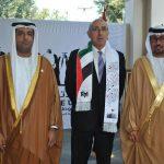 Abdulla Mohammed Al Suwaidi, Rabah Hadid, embajador de Argelia, y Ahmed Hatem Al Menhali, embajador de los Emiratos Árabes
