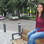 A parte de compartir créditos en la autoría del guion cinematográfico, María Fernanda Jaramillo es la productora de Mis ventanas amarillas