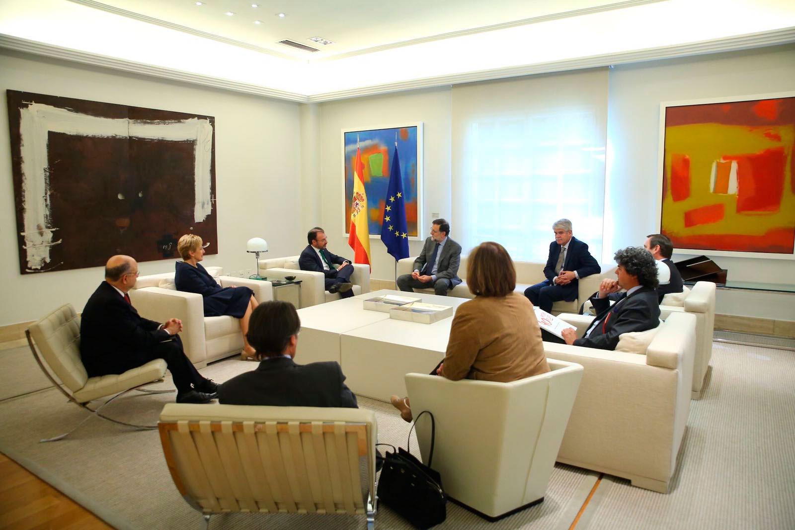 El secretario de Relaciones Exteriores de México, Luis Videgaray Caso, se reunió con el presidente del gobierno español, Mariano Rajoy