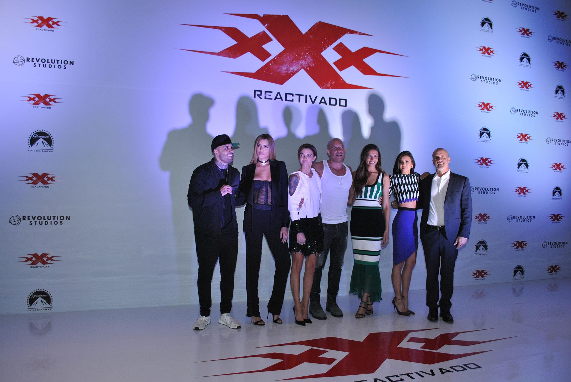 Nicky Jam, Ariadna Gutiérrez, Ruby Rose, Vin Diesel, Depika Padukone, Nina Dobrev y el productor D. J. Caruso