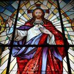 Restauran vitrales alemanes del siglo XIX en la catedral de Puebla