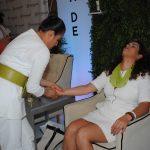 Durante el evento, a las asistentes se les ofrecieron algunos servicios de cosmetología y relajación. Revista Protocolo Copyright©